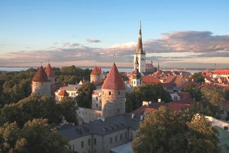 Vilnius le jour du départ on sest quitté avec les larmes aux yeux elle a été extraordinaire.